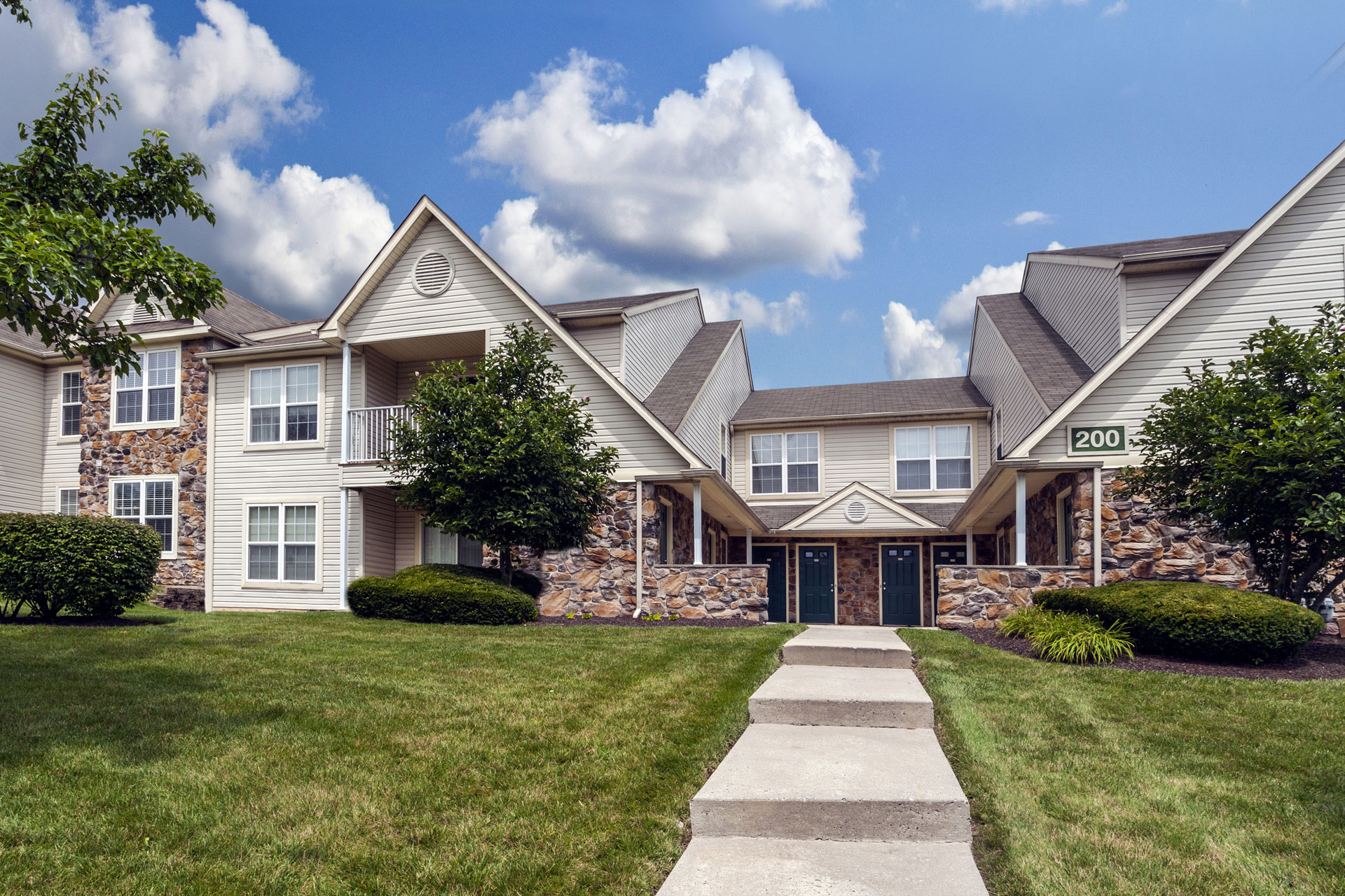 Walnut Crossing Apartments in Royersford, PA